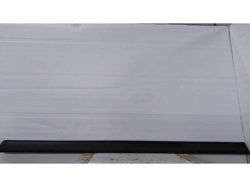 Recambio de moldura puerta delantera derecha para  referencia OEM IAM 8545G6 9620257577D